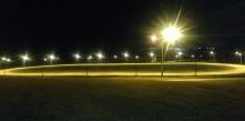 foto da iluminação da pista de atletismo do Parque Newton Puppi