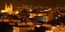 vista de Campo Largo à noite, com destaque para Igreja Matriz