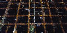 foto área noturna do centro de Campo Largo dando destaque à iluminação feita pela Cocel.